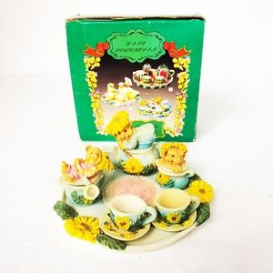 Polyresin handcrafted mini tea set Sunflower Bears